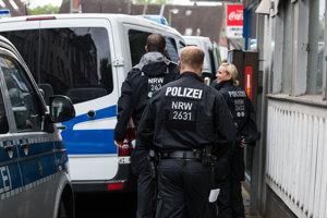 Nemecká polícia vykonala viacero razií.