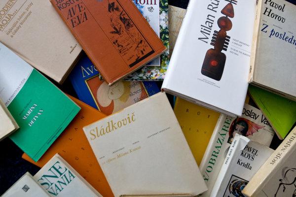 Súčasťou blšieho trhu bue aj výpredaj kníh.
