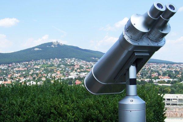 Ďalekohľad je na Nitrianskom hrade od vlani. Podobný chce Vančo aj na Kalvárii.