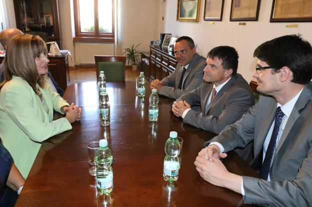 Na radnici. Diskutovali o rozvoji regionálneho školstva.