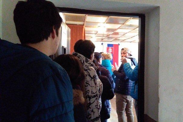 Pre Bešeňovú je turizmus veľmi dôležitý, na nápor cezpoľných voličov sa pravidelne pripravujú a situáciu zvládajú.