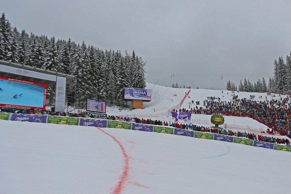 Fanúšikovia vcieli slalomu žien Svetového pohára valpskom lyžovaní vJasnej.