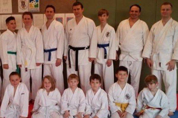 Členovia karate klubu Torade z Liptovského Mikuláša.