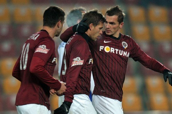 Futbalisti Sparty Praha (ilustračné foto).