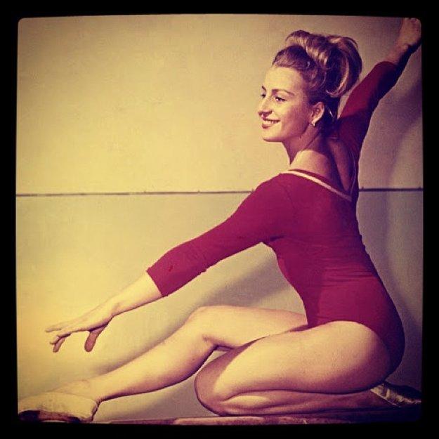 Pre dievčatá bola vzorom. Mladé gymnastky túžili byť ako ona.