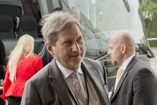 Eurokomisár pre susedskú politiku a rokovania o rozšírení EÚ Johannes Hahn.