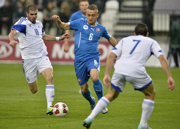 V nominácii na zápasy proti Litve a Rakúsku sa objavil aj mladík Lobotka.