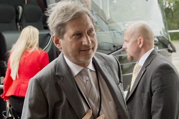 Rusko by malo podľa Hahna pochopiť, že Európska únia nie je hrozbou pre jeho záujmy.
