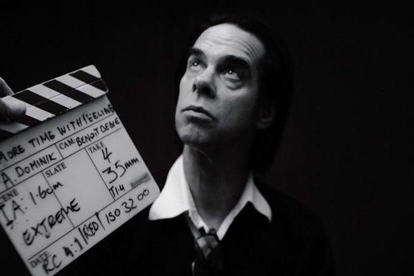 Nick Cave pri nakrúcaní filmu One More Time With Feeling.