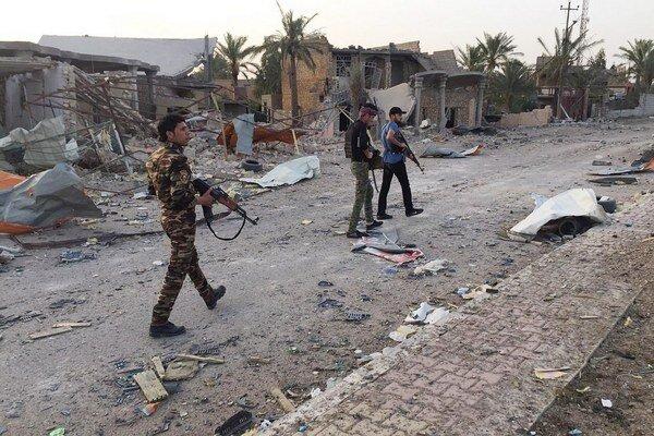 Ramádí padlo do rúk militantov počas víkendu a tí, čo utekajú, tak pravdepodobne robia už druhýkrát.