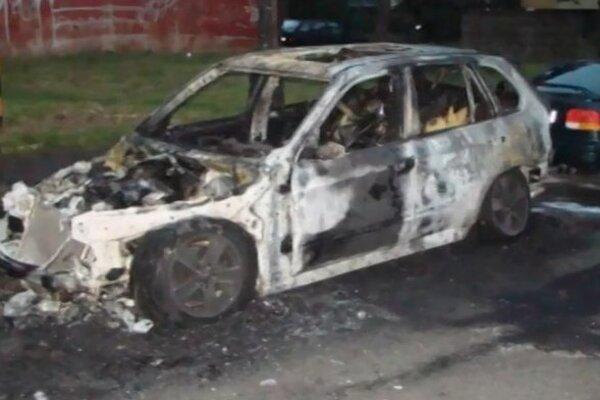 Zhorené auto Prešovčanov.