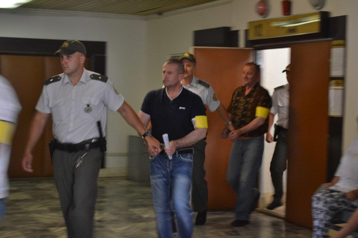 Bankomatová mafia si odsedí od 11 do 14 rokov - presov.korzar.sme.sk
