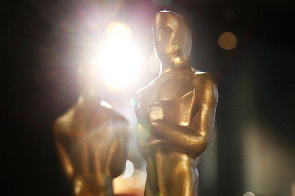 Film Tanec s vlkmi, ku ktorému Blake napísal scenár, získal v roku 1991 sedem Oscarov.