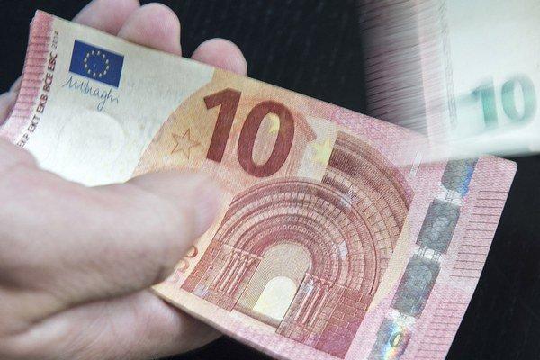 Peniaze pochádzali od podvodníkov využívajúcich takzvané odkláňanie platieb.