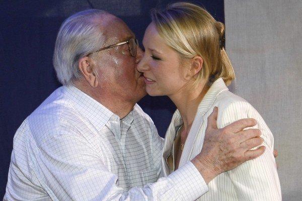 Marion Maréchalová-Le Penová bude na prvom mieste kandidátskej listiny pre regionálne voľby.