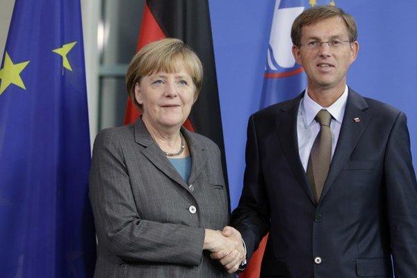 Nemecká kancelárka Angela Merkelová a slovinský premiér Miro Cerar.
