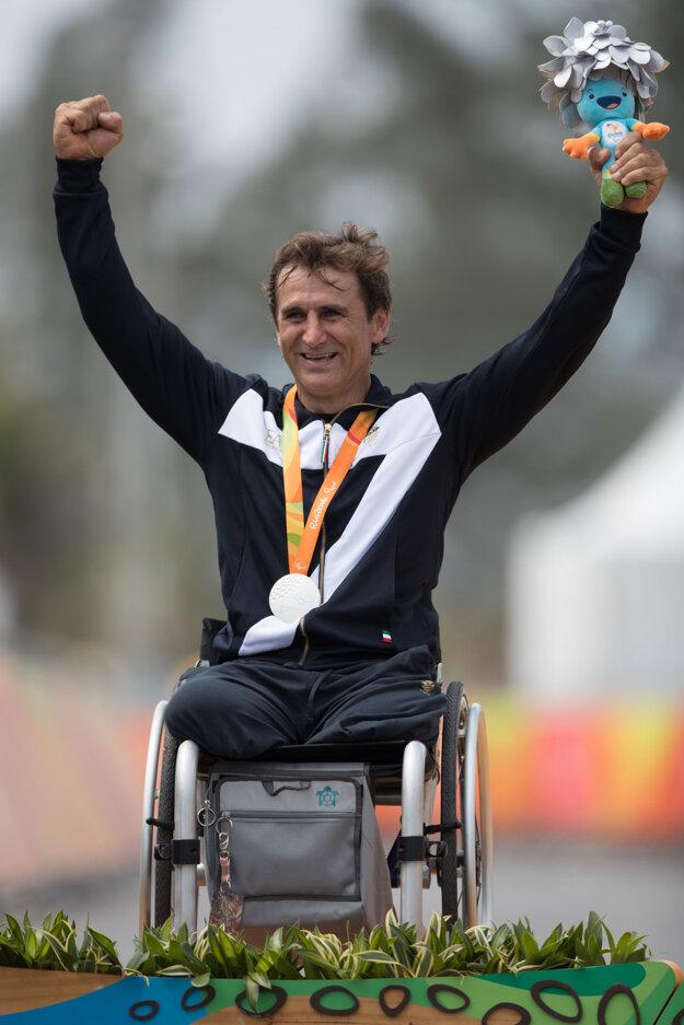 Zanardi slávi paralympijský titul.