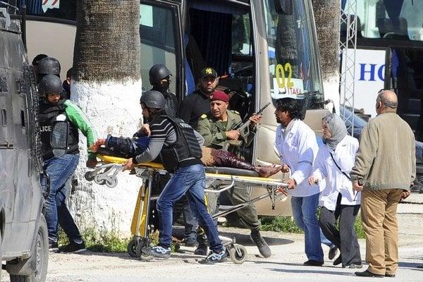 Teroristi zaútočili v srdci hlavného mesta Tuniska.