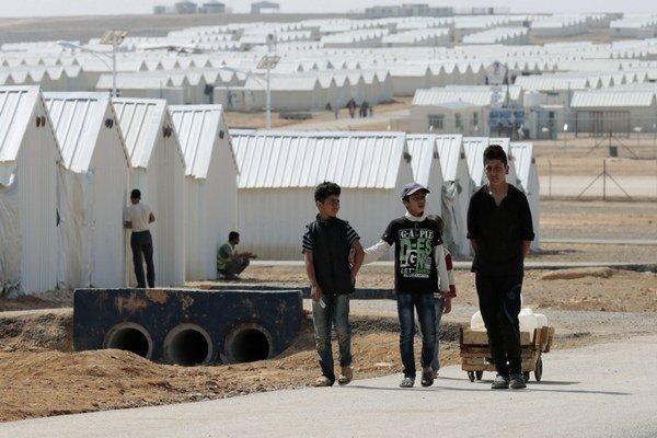 Dvanásť miliónov obyvateľov Sýrie potrebuje humanitárnu pomoc.