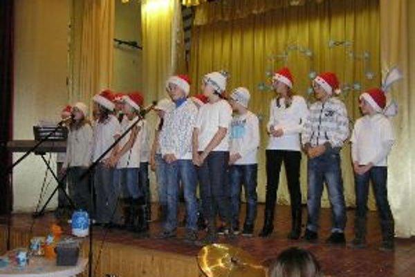 Deti si pripravili zaujímavý program.