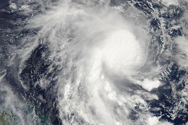 Tropický cyklón Marcia.