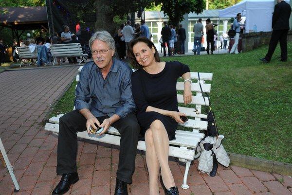 Druhé manželstvo bolo dobrou voľbou. Po boku architekta Vladimíra Boučka kvitne.