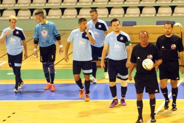 Futsalisti MFsK Nitra nastúpili na druhý zápas ešte s užším kádrom ako v 1. kole.