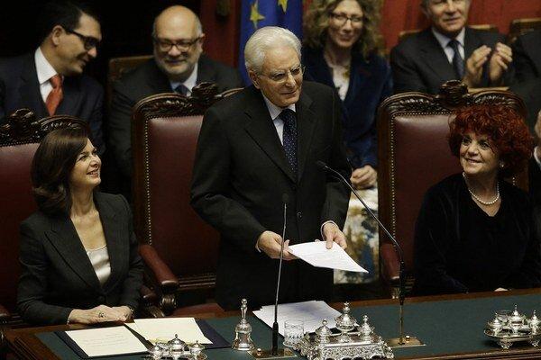 Nový taliansky prezident v parlamente.