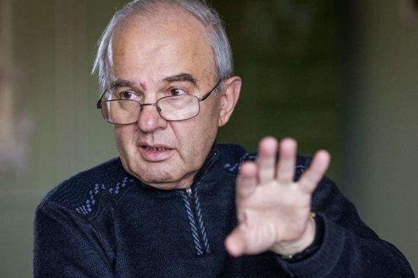 Vysokoškolský profesor a bývalý rektor Katolíckej univerzity Tadeusz Zasepa.
