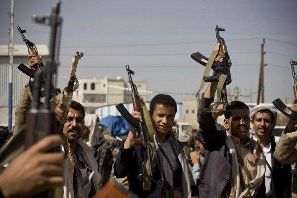 Hútíovia odmietajú opustiť Saná, kým nevznikne vláda národnej jednoty.