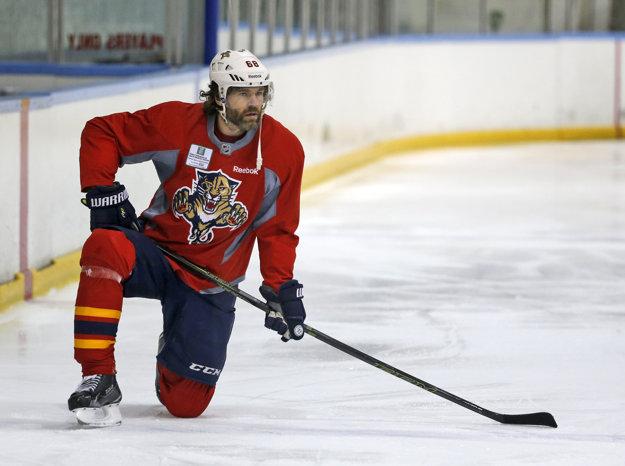 Jaromír Jágr sa pripravuje na svoju 23. sezónu v NHL.