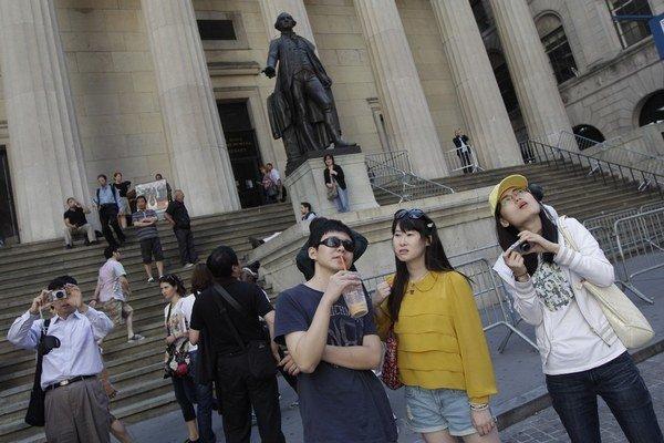 Čínski turisti sa podľa vlády nevedia v zahraničí správať.