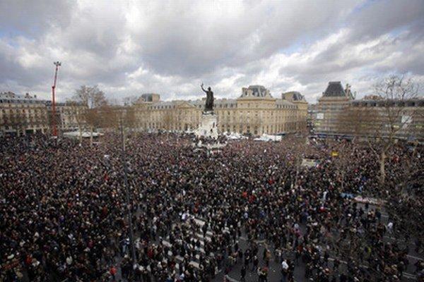 Place de la République v Paríži.