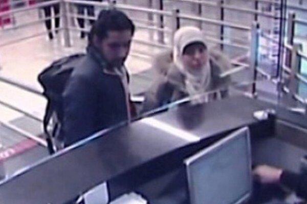 Podozrivú Hayat Boumeddienovú videli 2. januára na istanbulskom letisku.