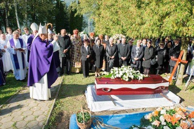 Tadeusza Zasępu pochovali na cintoríne v Ružomberku. Bude ďalšou z množstva osobností, ktoré tu odpočívajú.