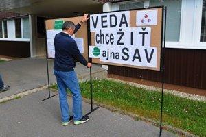 Vedci sú nespokojní s opakovaným odkladaním zákona o SAV.