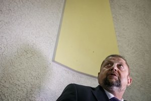 O disciplinárnom treste pre Štefana Harabina sa má hovoriť v septembri.