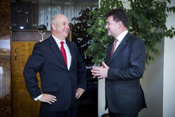 Komisár Rady Európy (RE) pre ľudské práva Nils Muižnieks a podpredseda vlády a minister zahraničných vecí a európskych záležitostí SR Miroslav Lajčák.