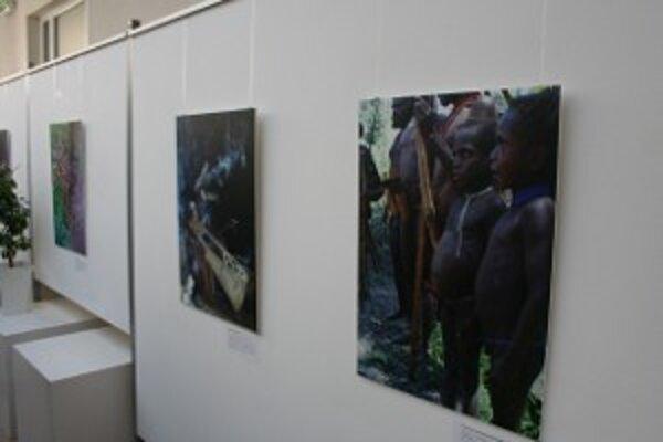 Pomocou fotografií predstavuje Pavol Barabáš svoj pohľad na svet.