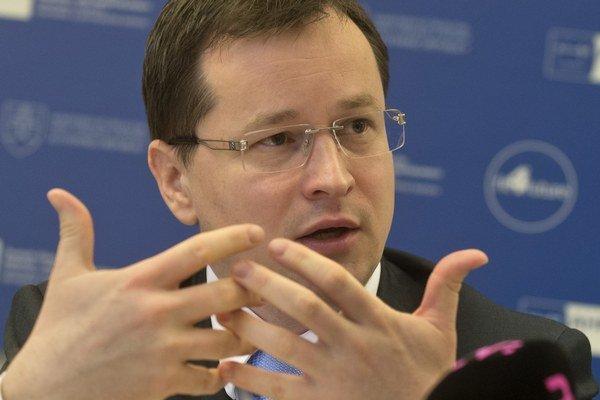 Minister školstva Juraj Draxler sa domnieva, že spomínané odbory sú dostatočne pokryté.