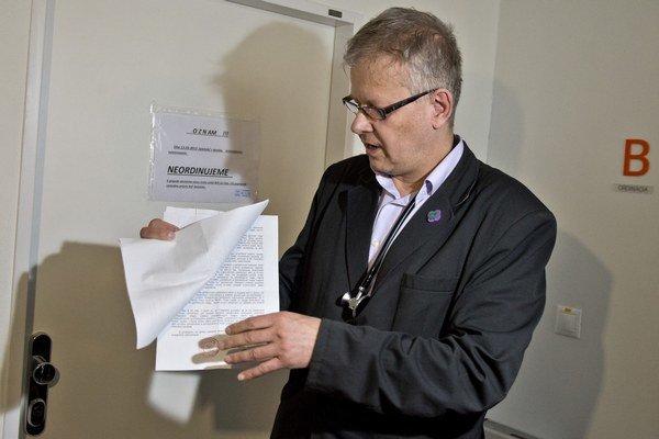 Praktický lekár Peter Lipták musel v Bratislave zatvoriť svoju ordináciu