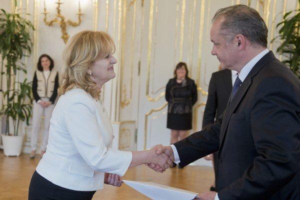 Prezident Kiska prijal poverovacie listiny od veľvyslankyne Maďarska.