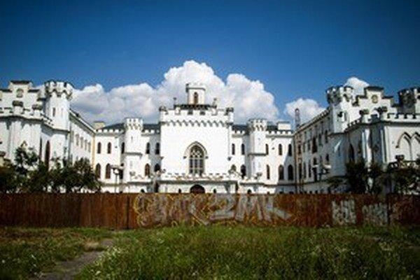 Kaštiel v Rusovciach.