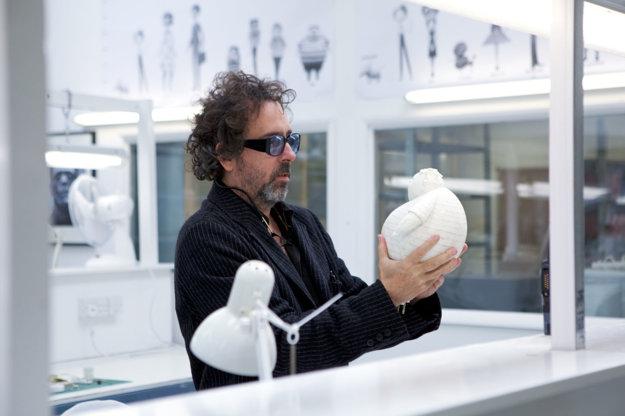 Tim Burton pri práci.