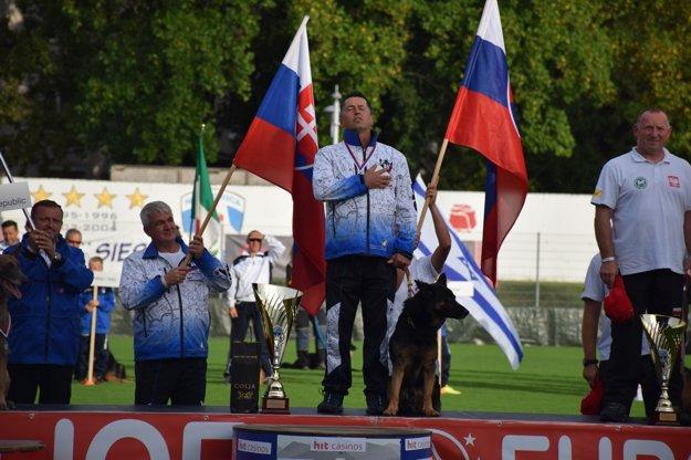Jozef Adamuščin po tretíkrát na najvyššom stupienku.