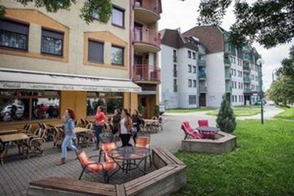 Bratislavské bytovky, kde má Fond národného majetku byty.