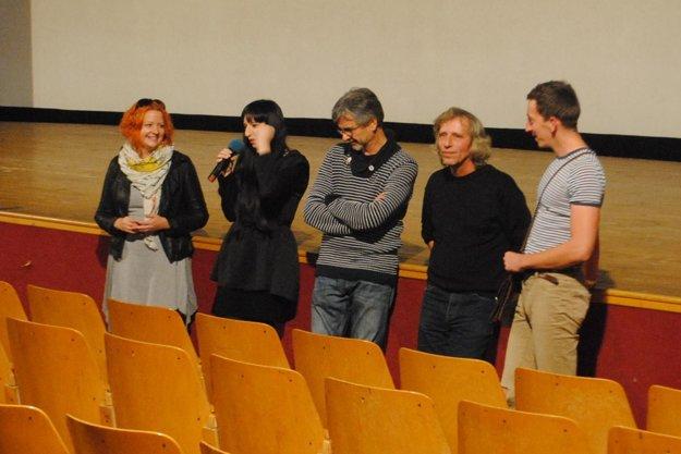 Na snímke zľava: Nina Šilanová, Marka Staviarska, Viťo Staviarsky, Boris Farkaš, Richard Staviarsky