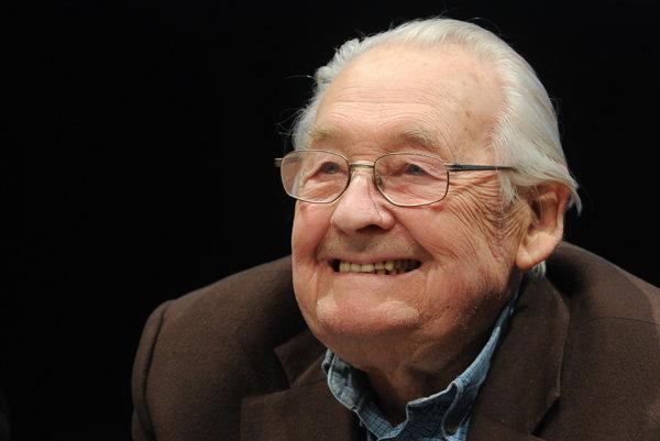 Andrzej Wajda počas oslavy svojich 90. narodenín.