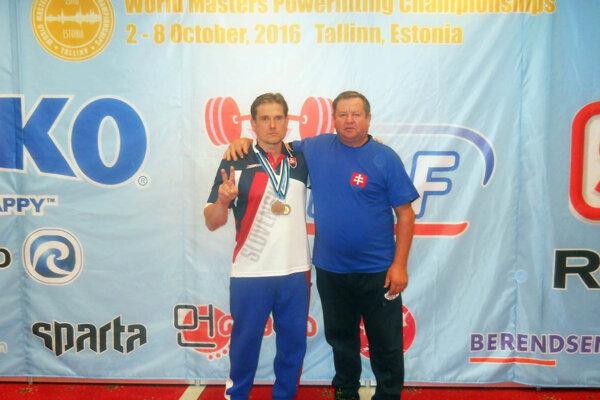 Reprezentanti klubu PWL Svätoplukovo - Pavol Slíž a tréner (funkcionár) Vladimír Kertész.