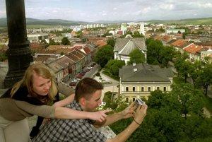 Výhľad z kostolnej veže v Spišskej Novej Vsi.